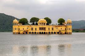jaipur-holiday-packages-with-jal-mahal